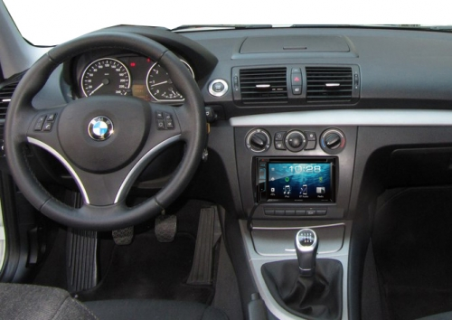 bmw-e81-kenwood-418bt